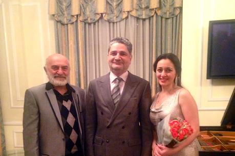 Razmik Pogosyan with the Armenian Ambassador Tigran Sargsyan and his daughter pianist Karine´ Poghosyan in Washington, DC